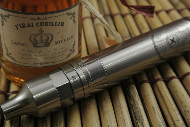 e-Zigarette und guter Alkohol