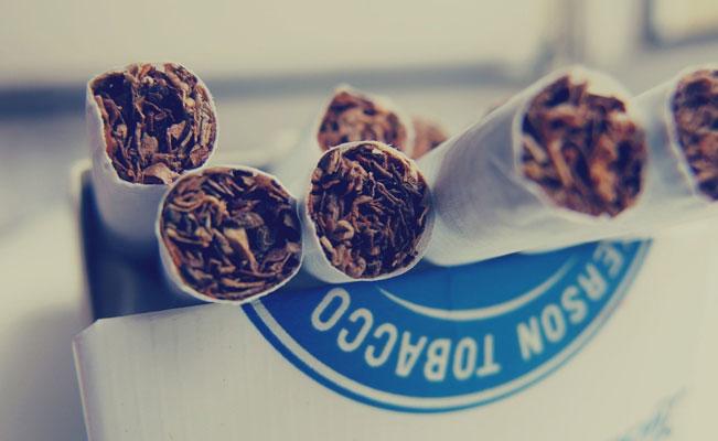 Tabakzigaretten aus der Schachtel